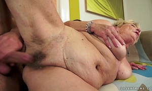 Granny's hair bawdy cleft overspread with cum