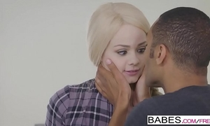 Babes - dark is more good - please me starring elsa jean and mickey mod movie scene