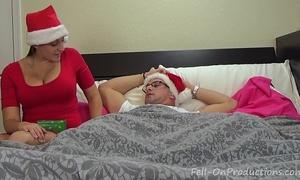 Melanie hicks in auntie's christmas gift- milf aunt copulates nephew acquires creampie