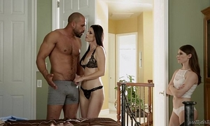 Teen share her foster dad's dong with her step mamma - india summer & alice march