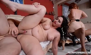 Mazzaratie monica and vanessa blake in sexy anal 4some