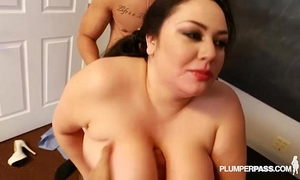 Plump latin babe julia sands is team-fucked out by massive latino jocks
