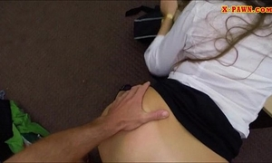 Amateur hottie pounded by pawnshop keeper inside the office