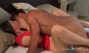 Mom spouse and amateur wife make love in the morning