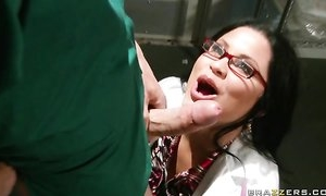 Sophia Lomeli wraps her lips and pussy around hard cock