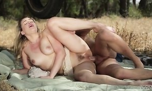 Sizzling blonde babe Mia Malkova gets pounded outdoors