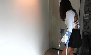 The car accident - short cast leg video