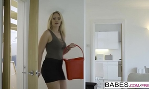 Babes - step mamma lessons - step up starring sam bourne and karlie simon and zoe doll video