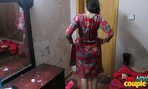 Indian white wife sonia in shalwar suir undresses stripped hardcore xxx fuck